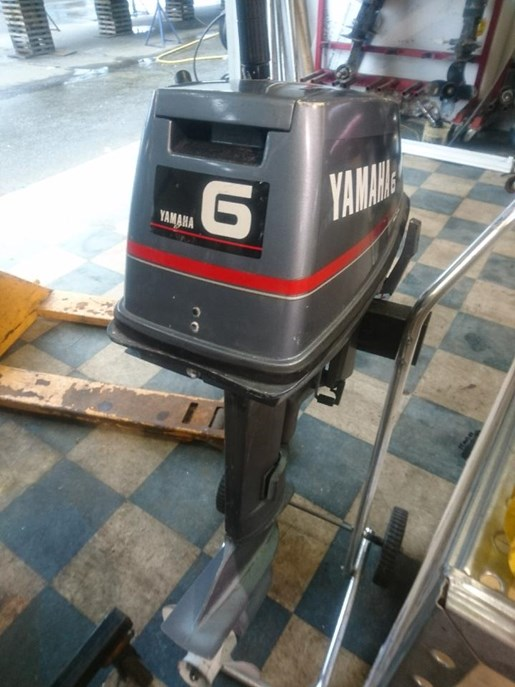 Yamaha 6hp 1998 used outboard for sale in port moody for Yamaha 6hp outboard motor