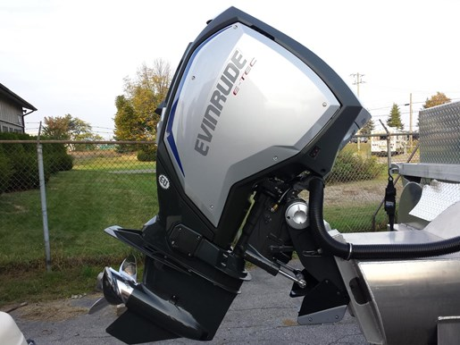 2017 Evinrude C200FLAA Photo 1 of 4