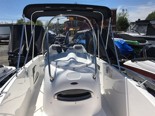 2017 Mercury NEW CAMPION 635 CENTRE CONSOLE  $125.60 WEEKLY Photo 3 of 10