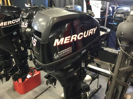 2011 Mercury 15 ML Photo 1 of 6