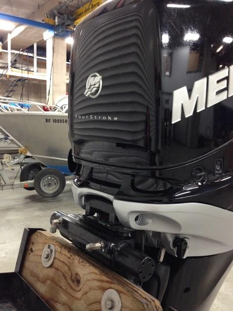 2013 Mercury 250XL Verado 4-Stroke Photo 4 of 4