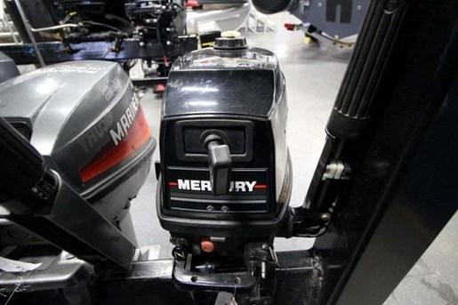 1991 Mercury 5 HP Photo 3 of 4