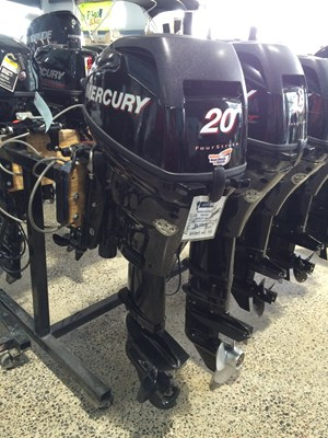 Mercury FourStrokes 20 HP - 20 in. Shaft 2012