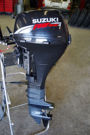 Suzuki DF15 2006