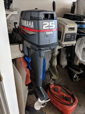 Yamaha 25 1998