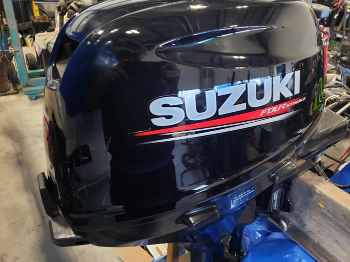 2017 Suzuki DF15AEL FUEL INJECTED TILLER LONGSHAFT Photo 1 of 7
