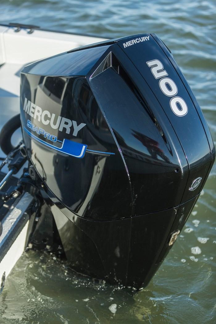 2021 Mercury 200CXL V-6 4-Stroke SeaPro Commercial Outboard Photo 8 of 18