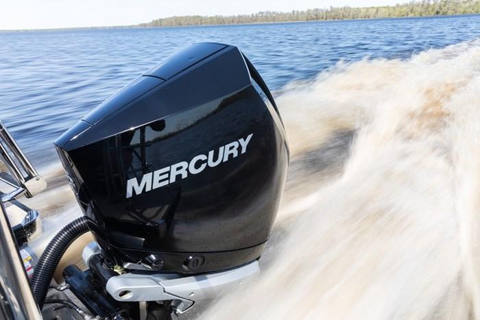 2021 Mercury 250XL V-8 4-Stroke Photo 10 of 28