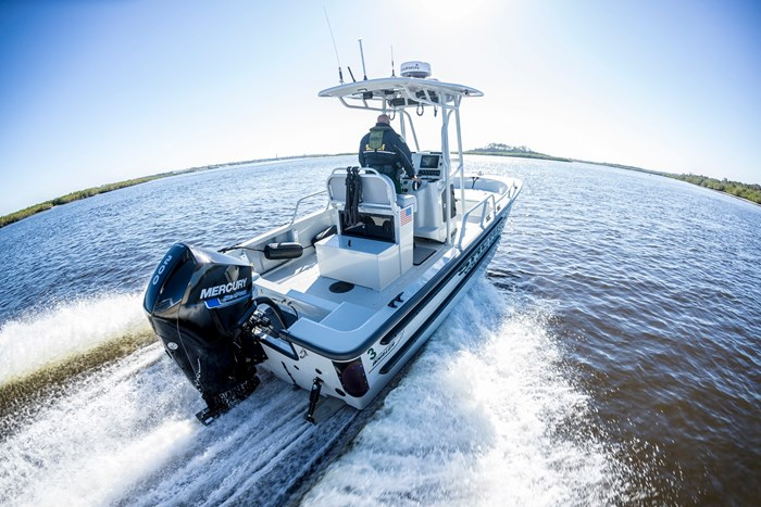 2020 Mercury 200XL V-6 4-Stroke SeaPro DTS Commercial Outboard Photo 18 of 27