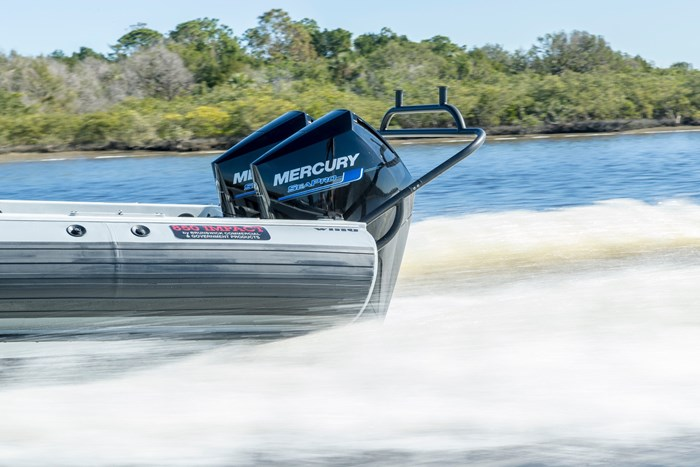 2021 Mercury 250XL V-8 4-Stroke SeaPro DTS Commercial Outboard Photo 17 of 18