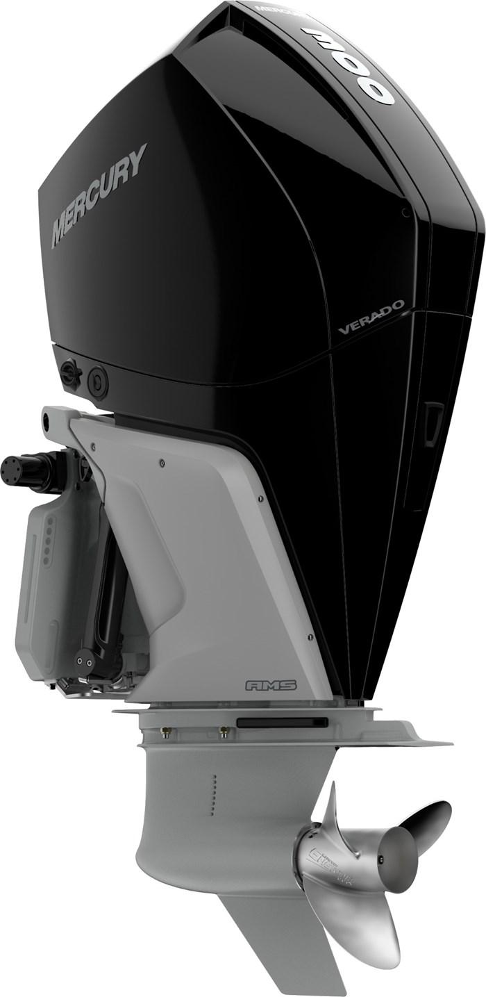 2022 Mercury 300CXXL V-8 Verado 4-Stroke Photo 8 sur 22