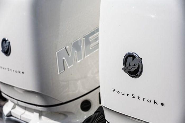 2020 Mercury 350XL Verado 4-Stroke Cold Fusion Photo 8 of 15