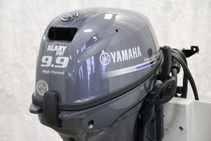 2019 Yamaha Moteur hors-bord YAMAHA 9.9 HP HIGH THRUST Photo 2 of 9