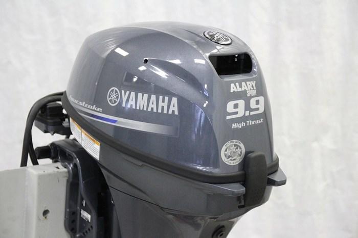 2019 Yamaha Moteur hors-bord YAMAHA 9.9 HP HIGH THRUST Photo 6 of 9