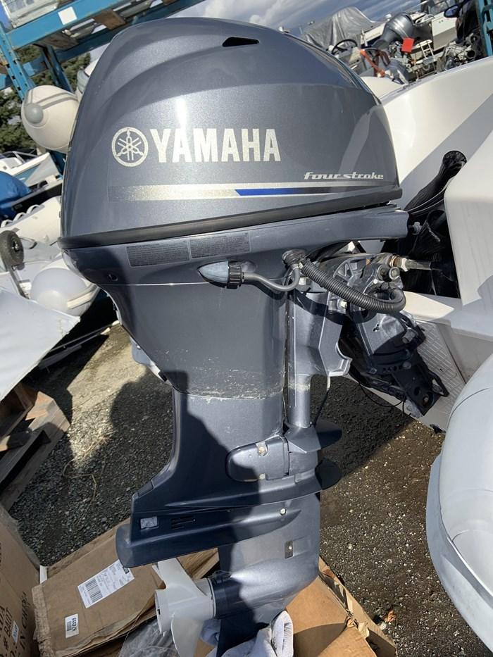 2012 Yamaha F40LA Photo 2 of 3