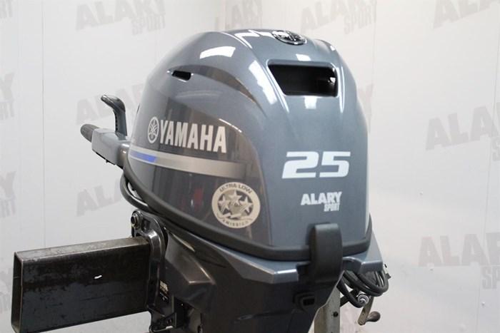 2020 Yamaha 25 HP 25HP Photo 2 of 7