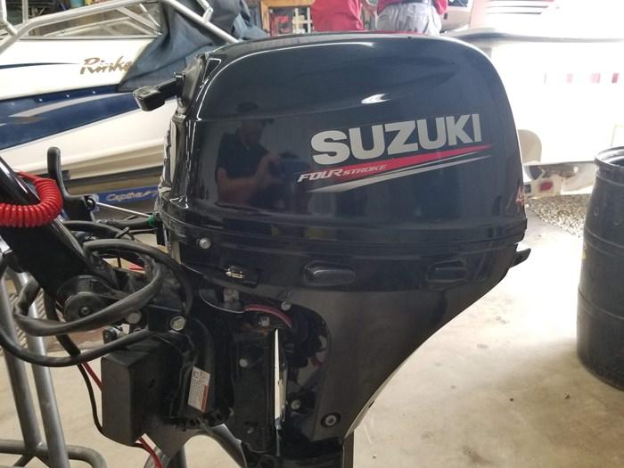 2020 Suzuki DF20AES Photo 3 of 10