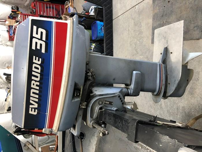 1981 Evinrude 2 stroke Photo 1 of 6