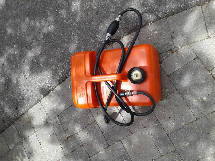 2008 Tohatsu MFS9.8A3 S Photo 5 of 8